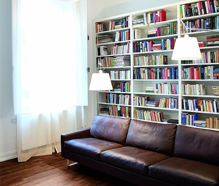 Wohnen: moderne Wohnzimmer von Gerber GmbH