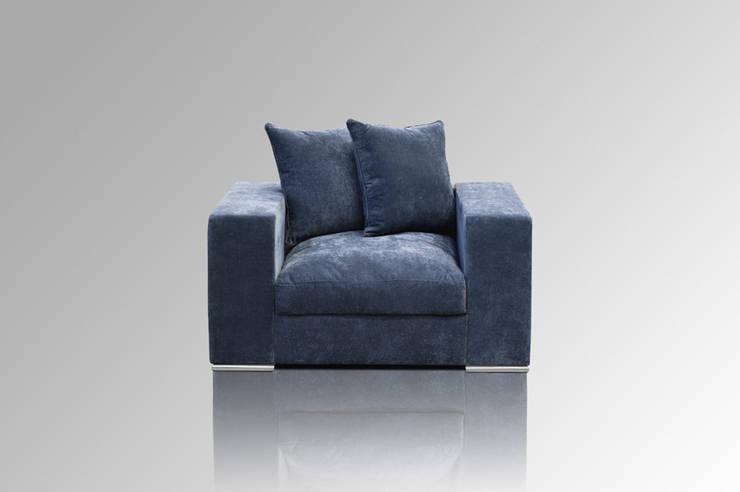Sessel blaugrau: moderne Wohnzimmer von Amaris Elements