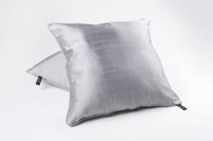 Kissenbezüge Seide :  Wohnzimmer von Amaris Elements