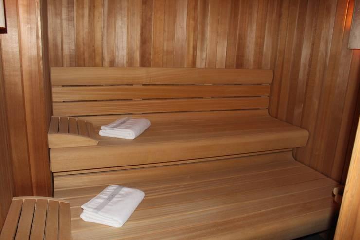 Finnische Sauna:  Sauna von Architekten Graf + Graf