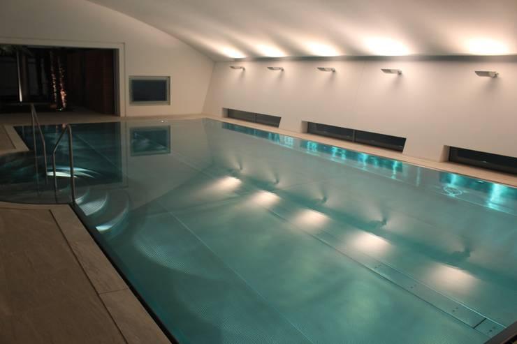 Spa und Pool: moderner Pool von Architekten Graf + Graf
