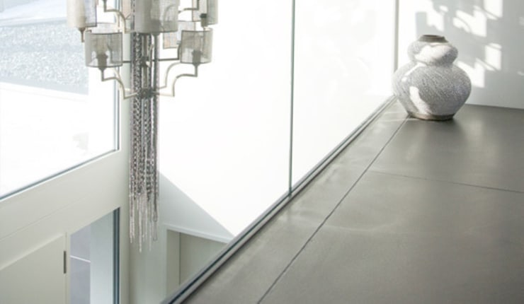Modern living room by Fugenlose mineralische Böden und Wände Modern