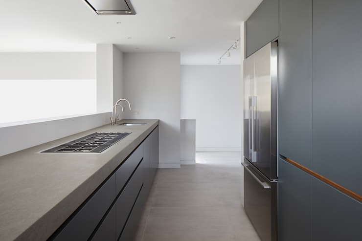 Whitton Road: modern Kitchen by Phillips Tracey Architects