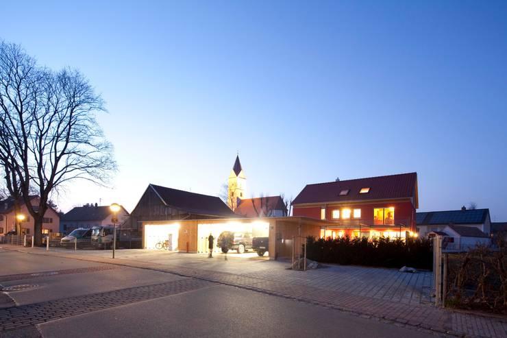 Casas de estilo  por Architekt Armin Hägele
