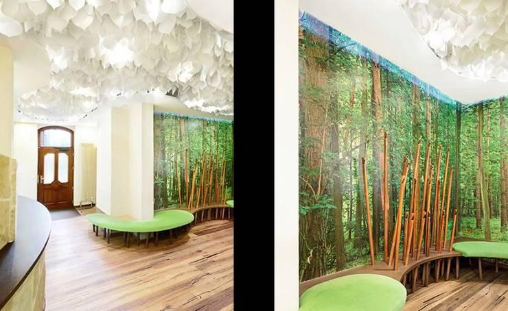 Oficinas y Tiendas de estilo  de [lu:p] Architektur GmbH