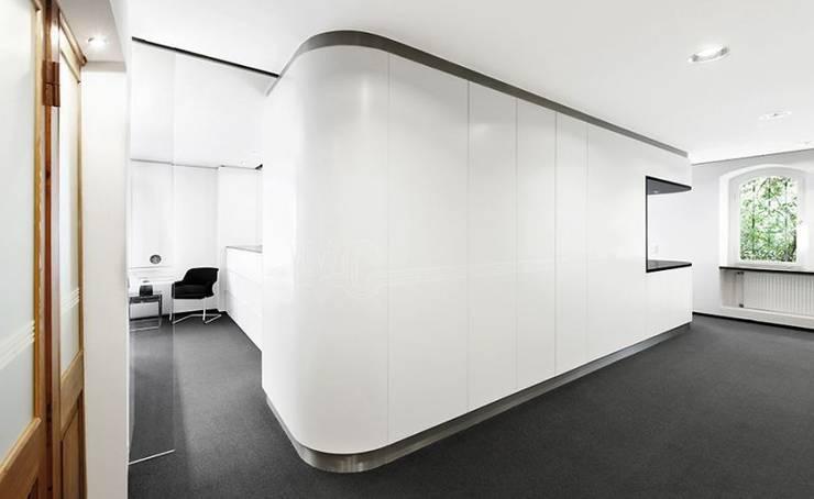 Lojas e imóveis comerciais  por [lu:p] Architektur GmbH