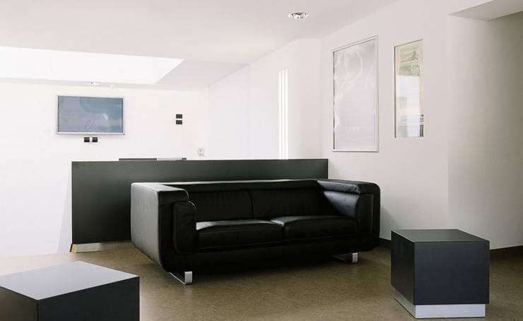Filmburg:  Wohnzimmer von [lu:p] Architektur GmbH
