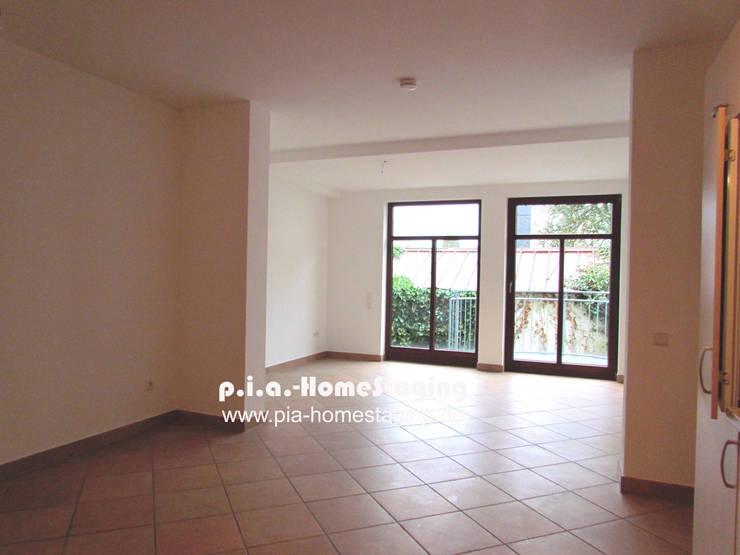 Wohnbereich vorher:  Wohnzimmer von ImmoLotse24