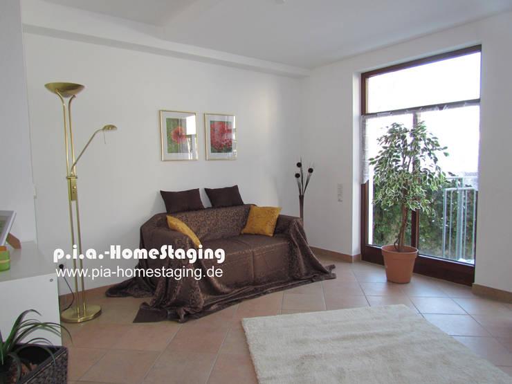 Wohnbereich gestaged:  Wohnzimmer von ImmoLotse24