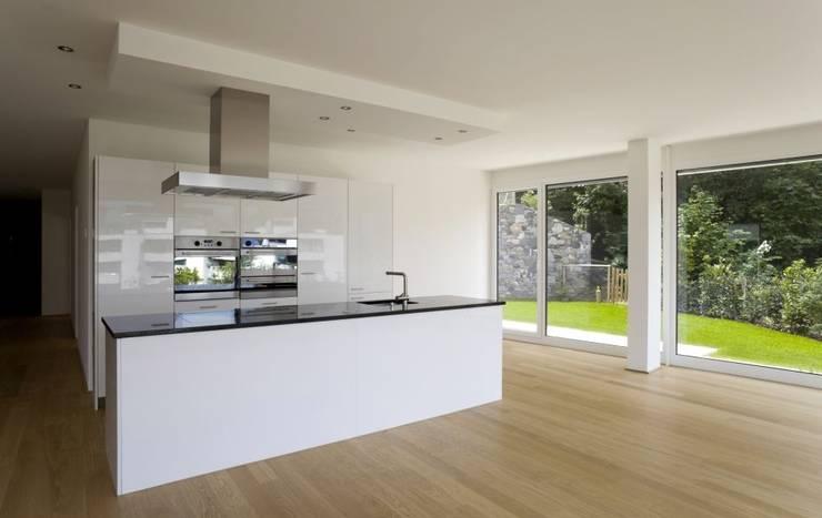Küche:  Küche von Thomas & Co Interior Design GmbH