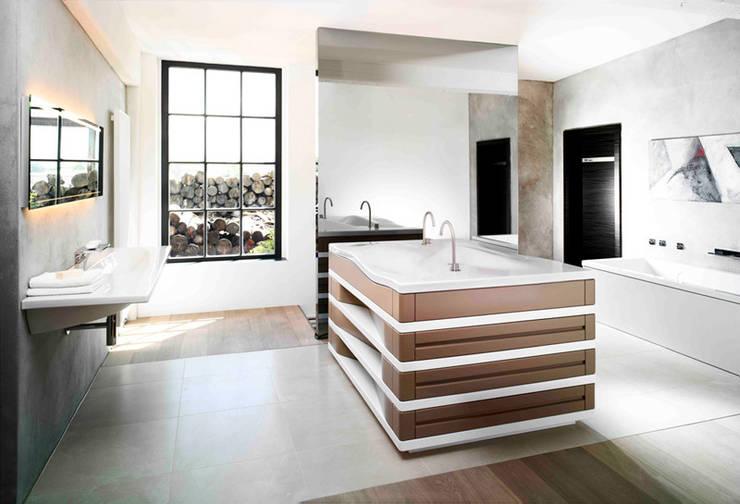 Badezimmer:  Badezimmer von Thomas & Co Interior Design GmbH