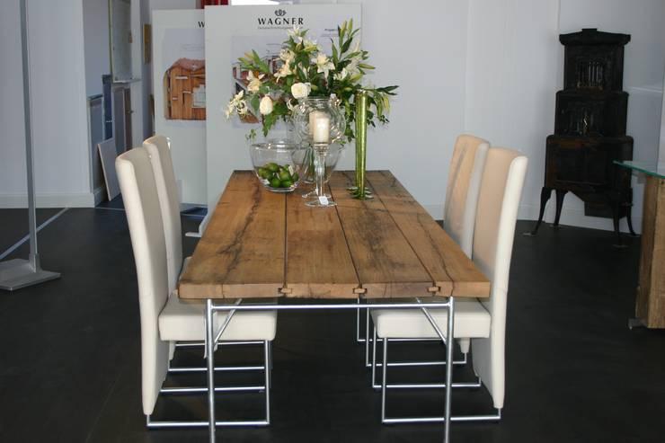 Moderne Möbel:  Esszimmer von Wagner Möbel Manufaktur GmbH & Co. KG