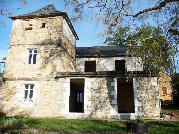 Réhabilitation global d'une maison de charme au sein de la commune de Gignac: Maisons de style  par VAYLAC