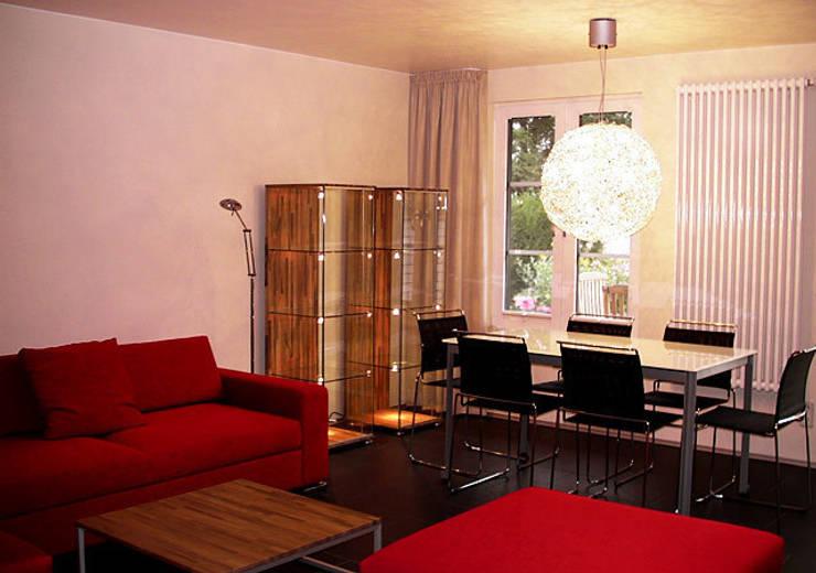 Einfamilienhaus Wendisch Rietz: moderne Esszimmer von RAUMAX GmbH