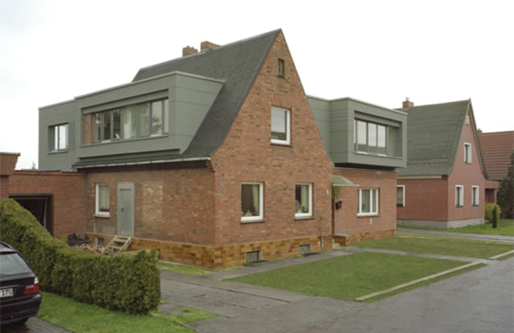 Haus Vannauer: klassische Häuser von andreas gehrke . architekt