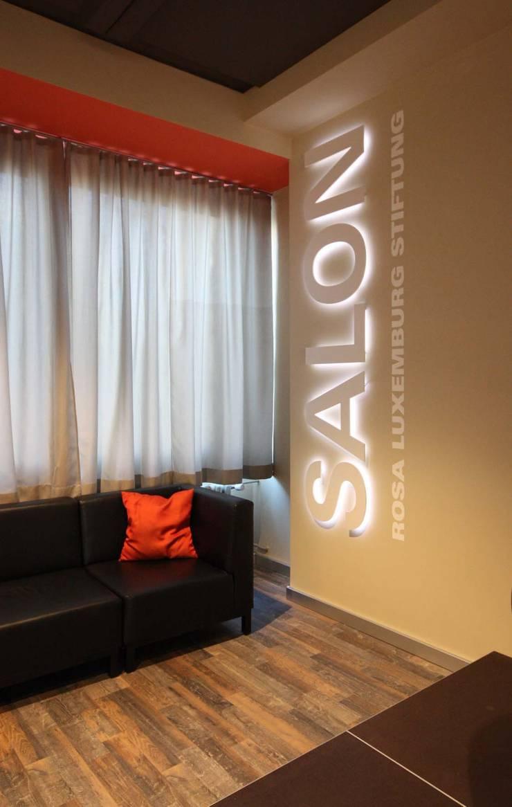 Salon:  Multimedia-Raum von raumdeuter GbR