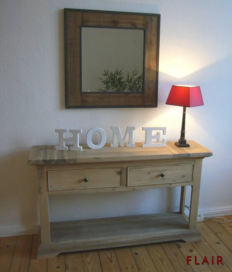 Wohnzimmer:   von FLAiR Home Staging