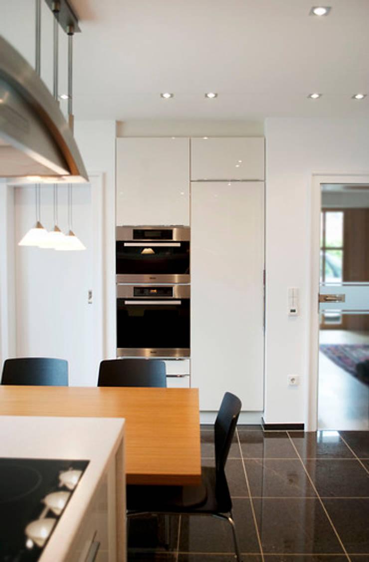 Küche:  Esszimmer von Strotmann Innenausbau GmbH
