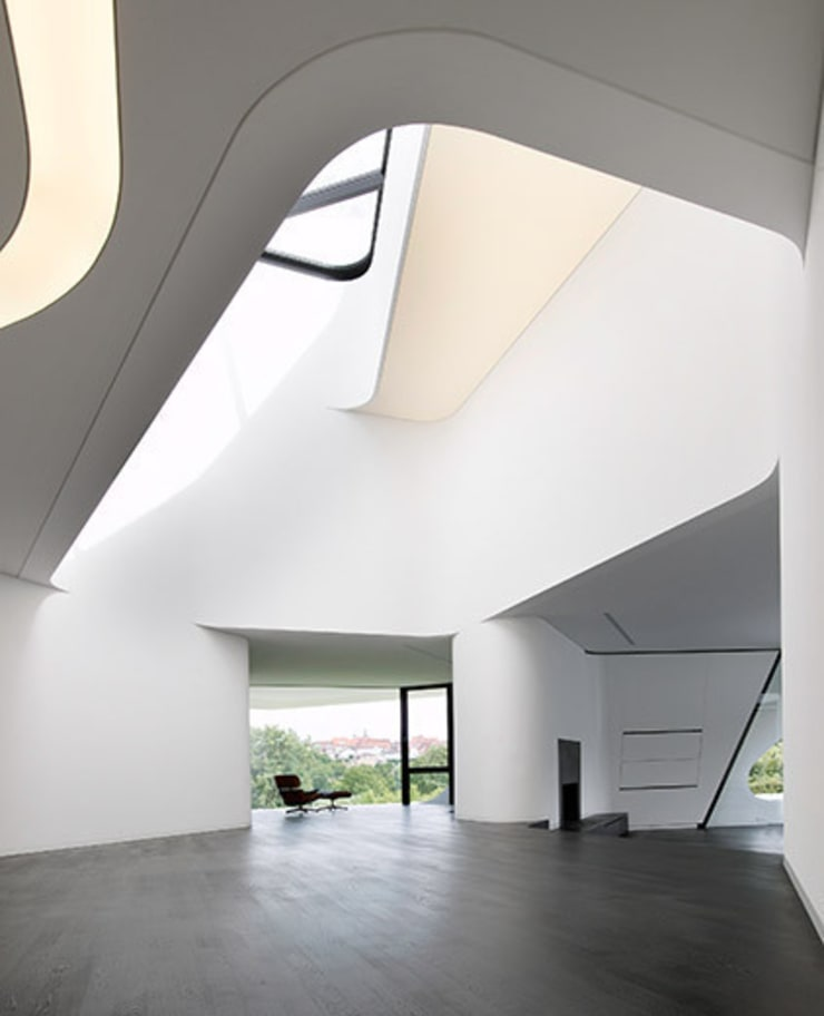 DUPLI CASA – Villa near Ludwigsburg, Germany:  Flur & Diele von J.MAYER.H