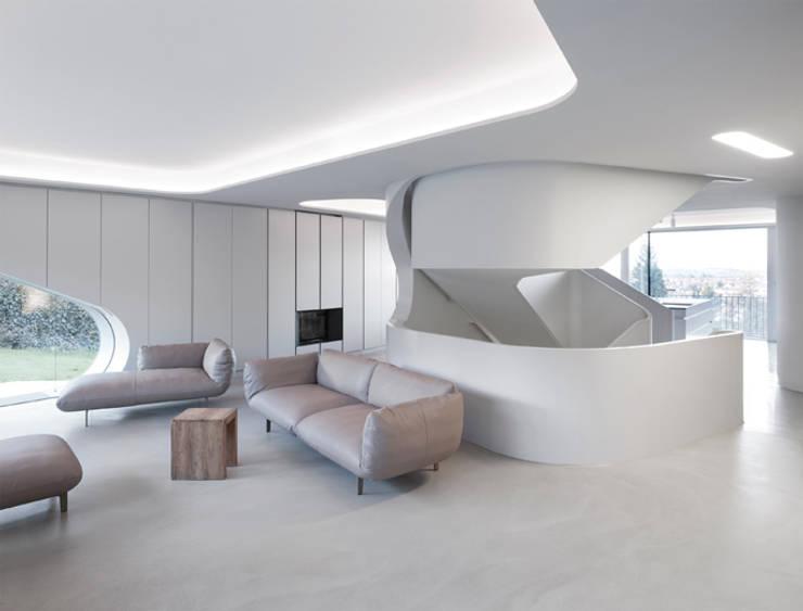 Salones de estilo moderno de J.MAYER.H