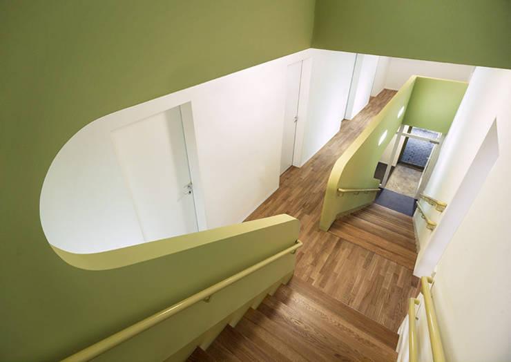 HOME HAUS:  Flur & Diele von J.MAYER.H