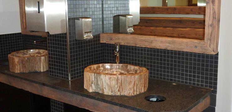 Bathroom by Schreinerei-Moldaschl
