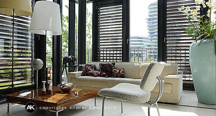 Loft Hafencity Hamburg:  Wohnzimmer von Andras Koos Architectural Interior Design