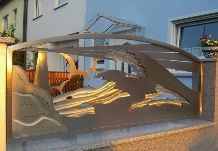 Edelstahl Design: tropischer Garten von Edelstahl Atelier Crouse - Stainless Steel Atelier