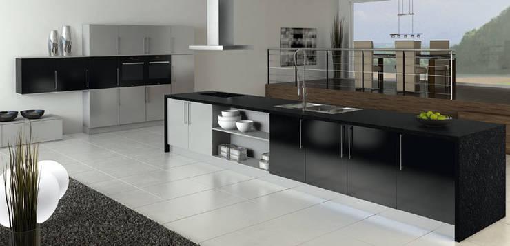 Küchenoberflächen aus Kunststoff für Designerküchen und Luxusküchen:  Küche von Küchengaleria Oßwald GmbH