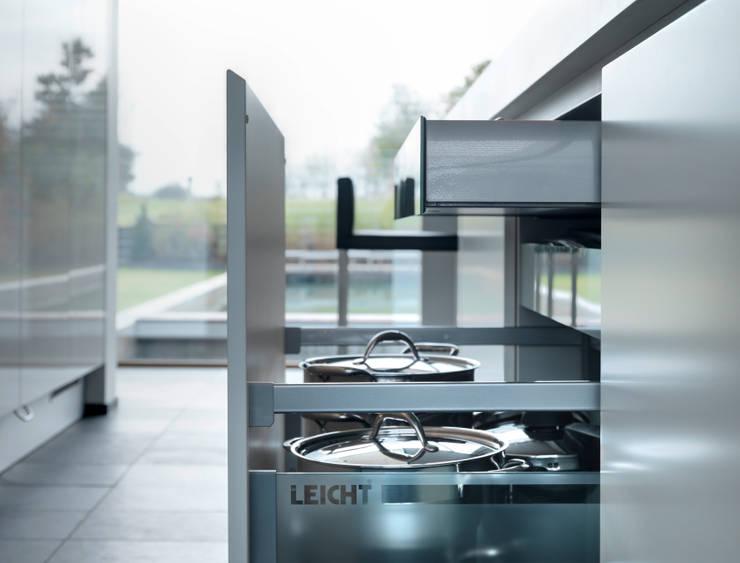 Martelange | Belgien: moderne Küche von LEICHT Küchen AG