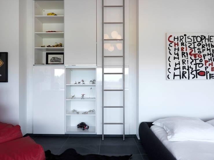 Martelange | Belgien: moderne Schlafzimmer von LEICHT Küchen AG