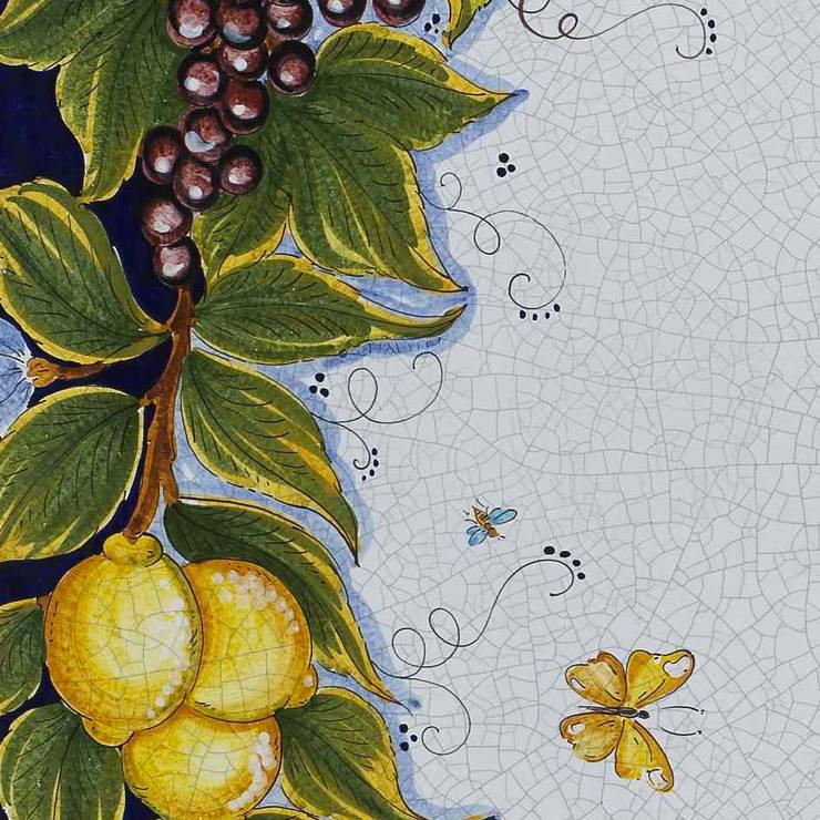 Tavoli Da Giardino Deruta.Arredare Il Proprio Giardino Con Un Opera D Arte Tavoli In Ceramica