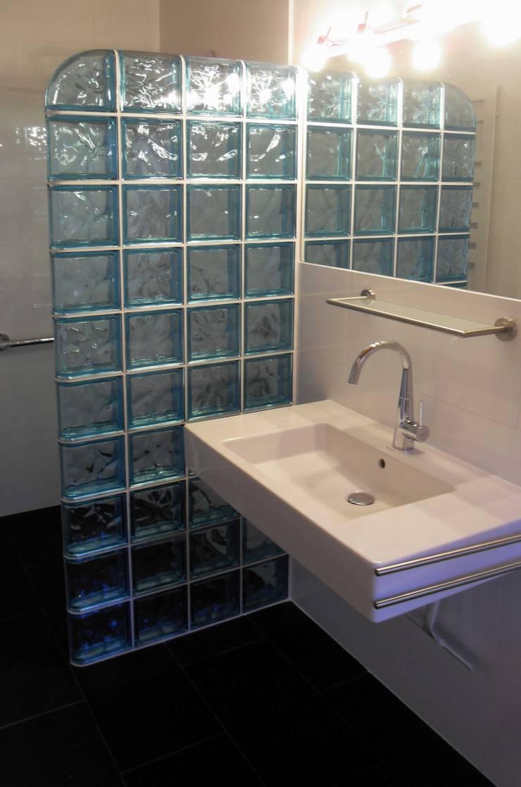 Duschwand Aus Glasbausteinen Von Tritschler Glasundform Homify