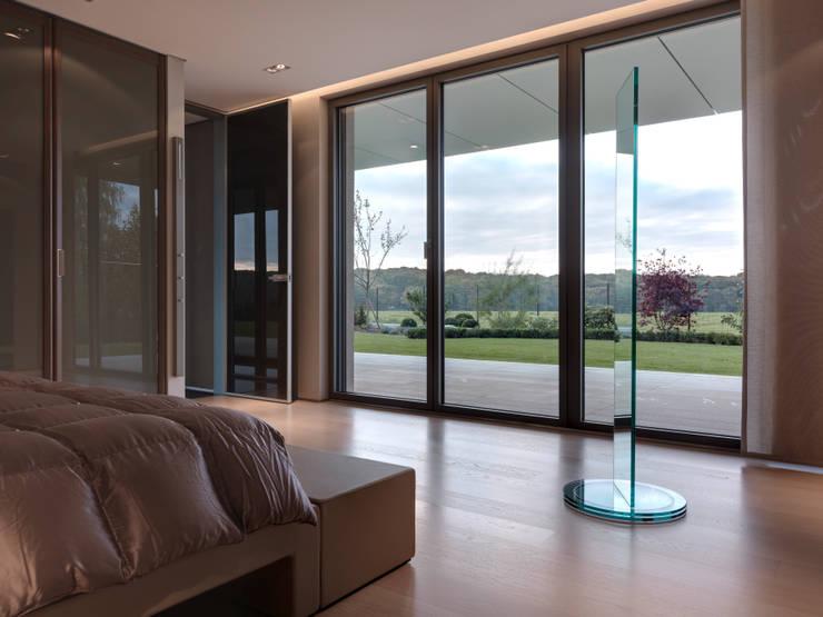 Hassel | Luxemburg: moderne Schlafzimmer von LEICHT Küchen AG