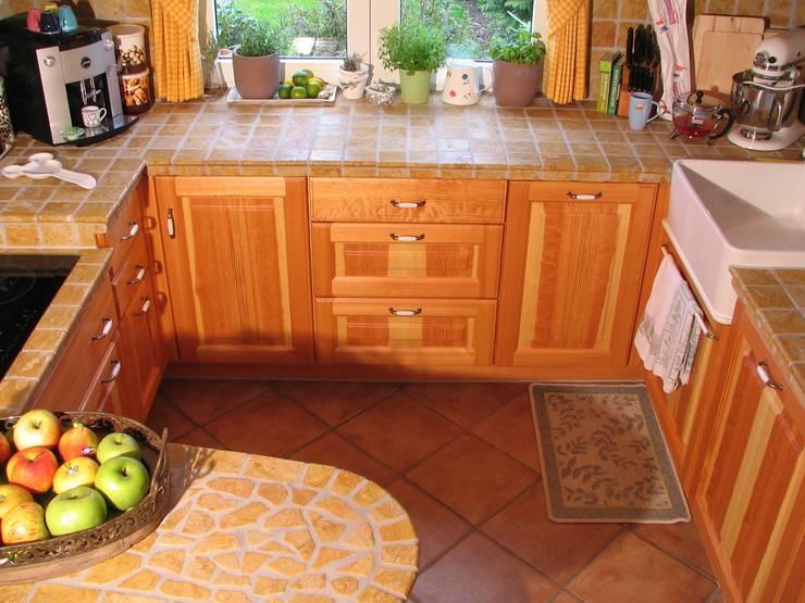 Küchen:   von Schreinerei Deml GmbH,Rustikal