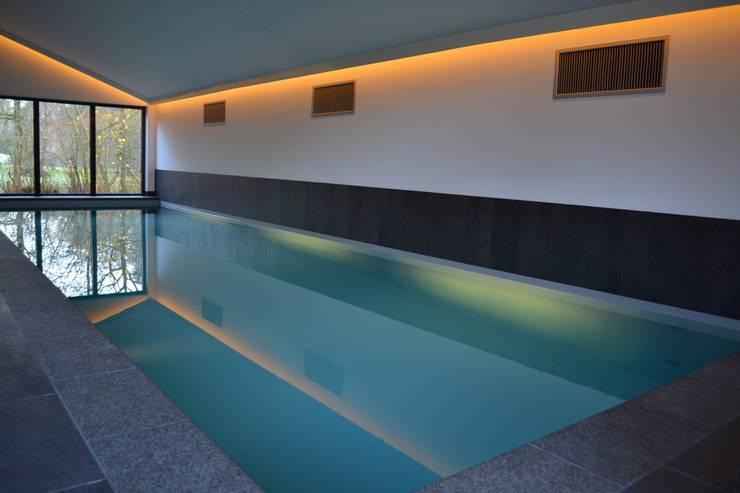 Schwimbad:  Pool von RON Stappenbelt, Interiordesign,