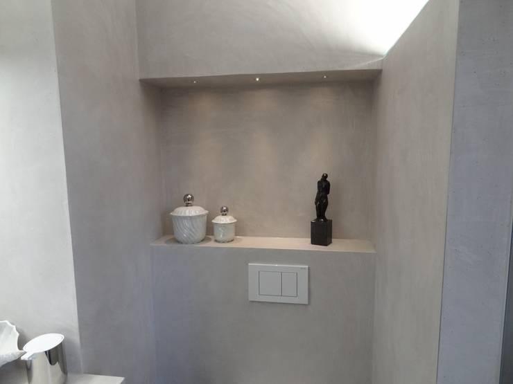Casa de banho  por Wände mit Charakter