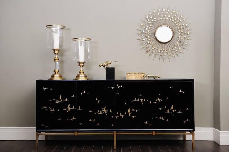 Our Showroom: klassische Wohnzimmer von Sweets & Spices Dekoration und Möbel
