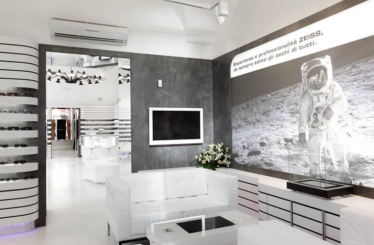 Offices & stores by LABOR WELTENBAU ARCHITEKTUR