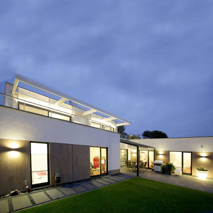 Leuchtender Diamant:  Häuser von kenchiku