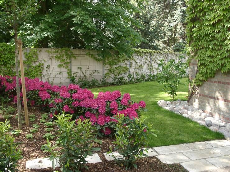 庭院 by neuegaerten-gartenkunst