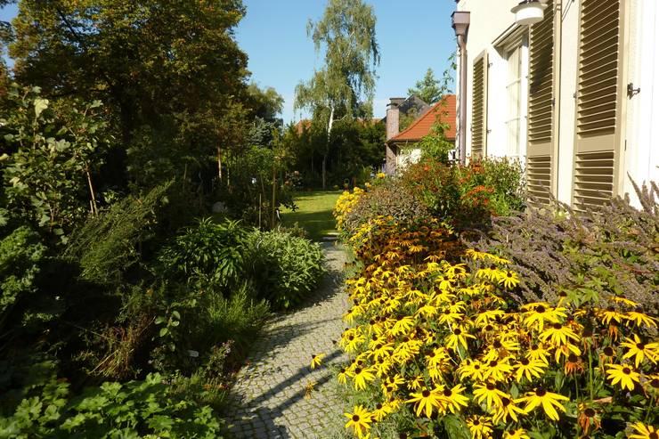 Urlaub im Garten:  Garten von neuegaerten-gartenkunst