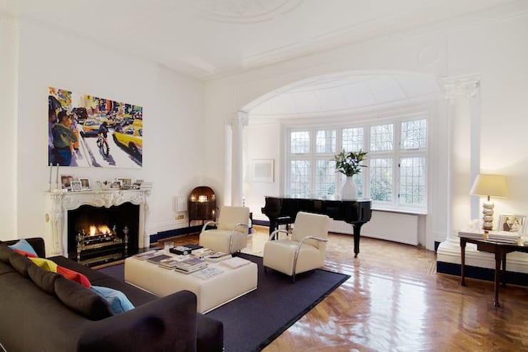 Family Home Notting Hill: landhausstil Wohnzimmer von Tatjana von Braun Interiors