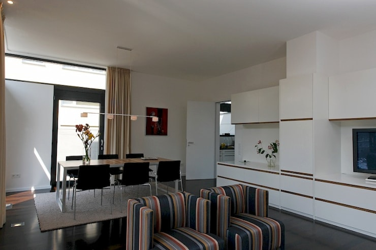 Family Home Cologne:  Esszimmer von Tatjana von Braun Interiors,Klassisch
