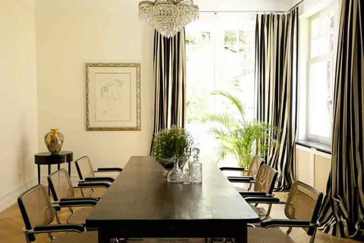 Family Home Bonn:  Esszimmer von Tatjana von Braun Interiors
