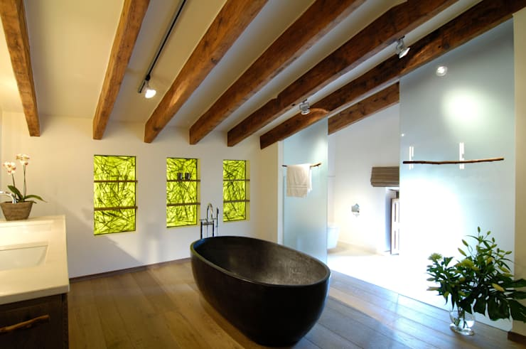 organiCovers Paneele - Badezimmer:  Badezimmer von Bernhard Preis - Exklusive Lebenswelten