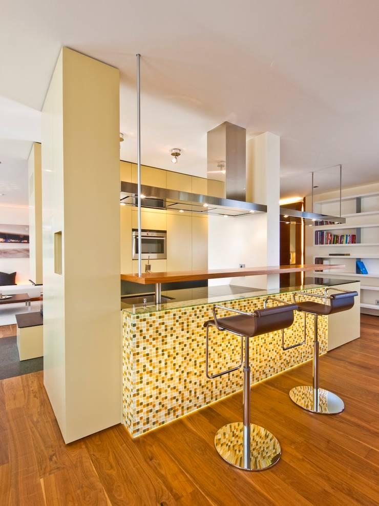 Küchendesign:  Küche von innenarchitektur-rathke,Klassisch