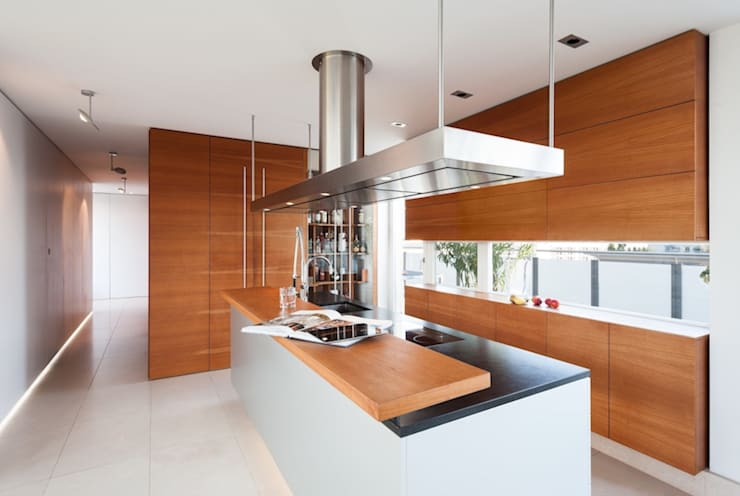Kitchen by innenarchitektur-rathke
