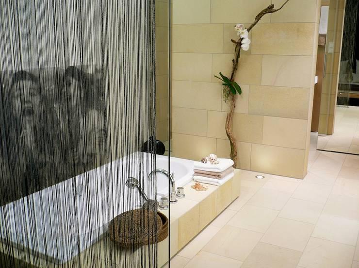 exclusives Baddesign:  Badezimmer von innenarchitektur-rathke,