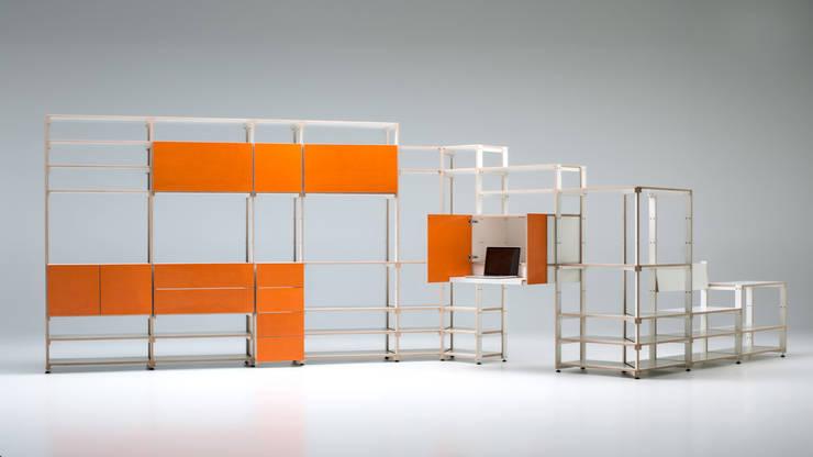 RD 02 Regalsystem:  Wohnzimmer von Rohstoff Design